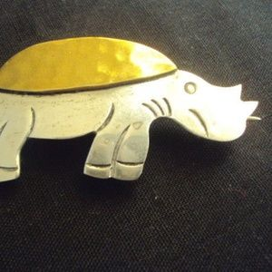 Jewelry - 925 Silver Rino-Turtle Brooch from Mexico